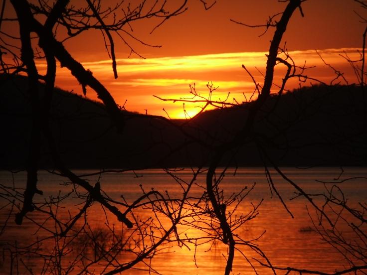 Sunset Ullibarri-Gamboa