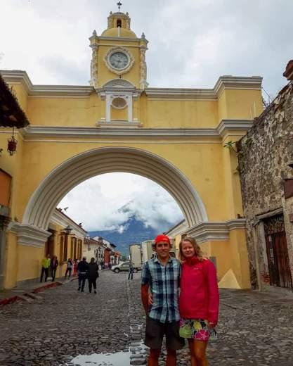 Endika y Agnieszka en Antigua, Guatemala